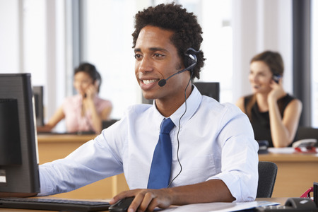 3 Ways a VoIP Phone System Can Improve Your Customer Service